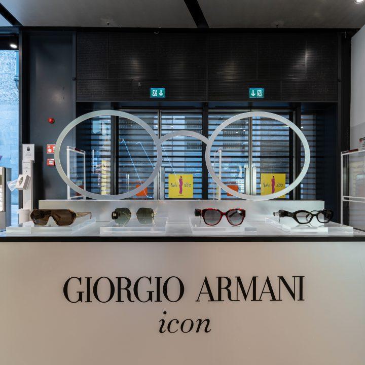 Photo report Armani in Milano